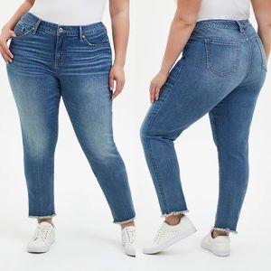 Torrid Boyfriend Faded Raw Hem Blue Jeans